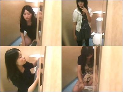 行列のできる女子トイレ鏡の中からこんにちは Vol8